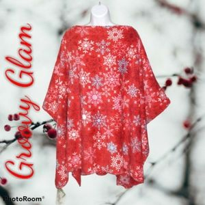 GROOVY GLAM Red Snowflakes Plush Poncho